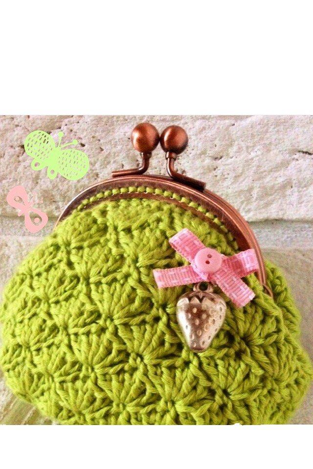 "Pochette a crochet con chiusura clutch ""Strawberry Clutch"" - Linea ""Surrey Clutch"""