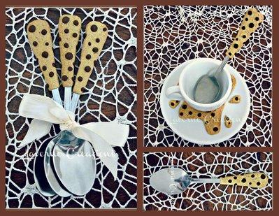 Dolce Colazione con i cucchiaini decorati stile gocciole