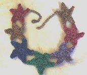 Collana a stelline in lamè multicolore