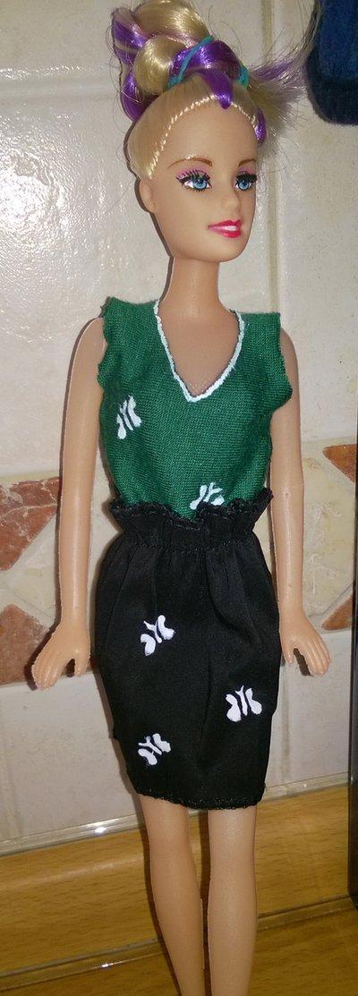 Top barbie di vario colore bambini giocattoli di ele - Barbie senza colore ...