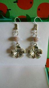orecchini pendenti con svarowsky e fiore!