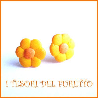 """Orecchini Perno """"Margherite Giallo arancio"""" fiore kawaii fimo cernit idea regalo donna bambina Estate estivi NATALE 2015"""