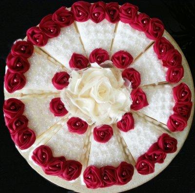 Bomboniere laurea scatoline Torta con passamanerie