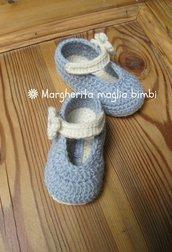 Scarpine ballerine con laccetto e fiore fatte mano in lana e alpaca anallergica