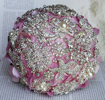 Bouquet  gioiello davvero unico e indimenticabile…