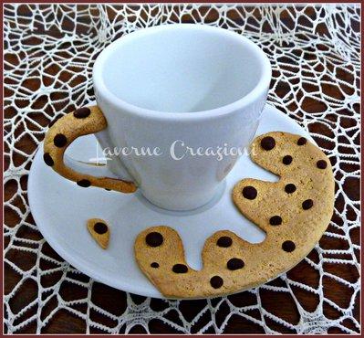Tazzine e piattini decoro biscotto gocciole