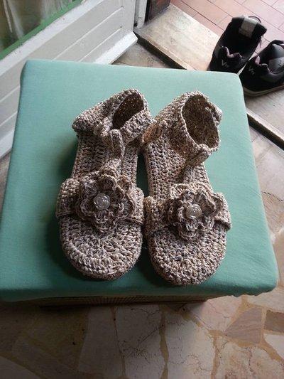 sandaletti uncinetto bimba