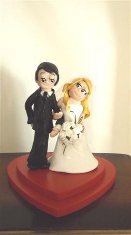 INSERZIONE RISERVATA PER STEFANIA - top cake sposi LOVE IS - fimo matrimonio