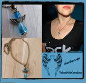 Collana stile vintage  in bronzo con ciondolo angelo custode azzurro