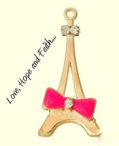 "Charm/Ciondolo ""Tour Eiffel-Papillon"" color oro (29x14mm)"