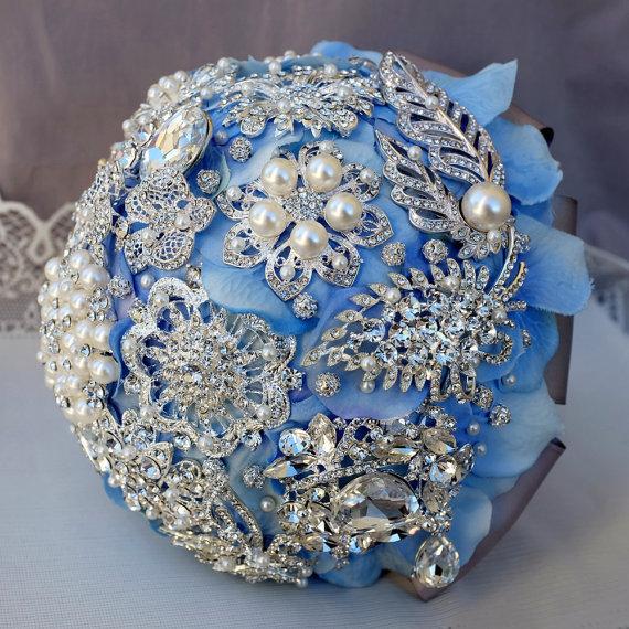 Bouquet gioiello realizzato a mano in Azzurro