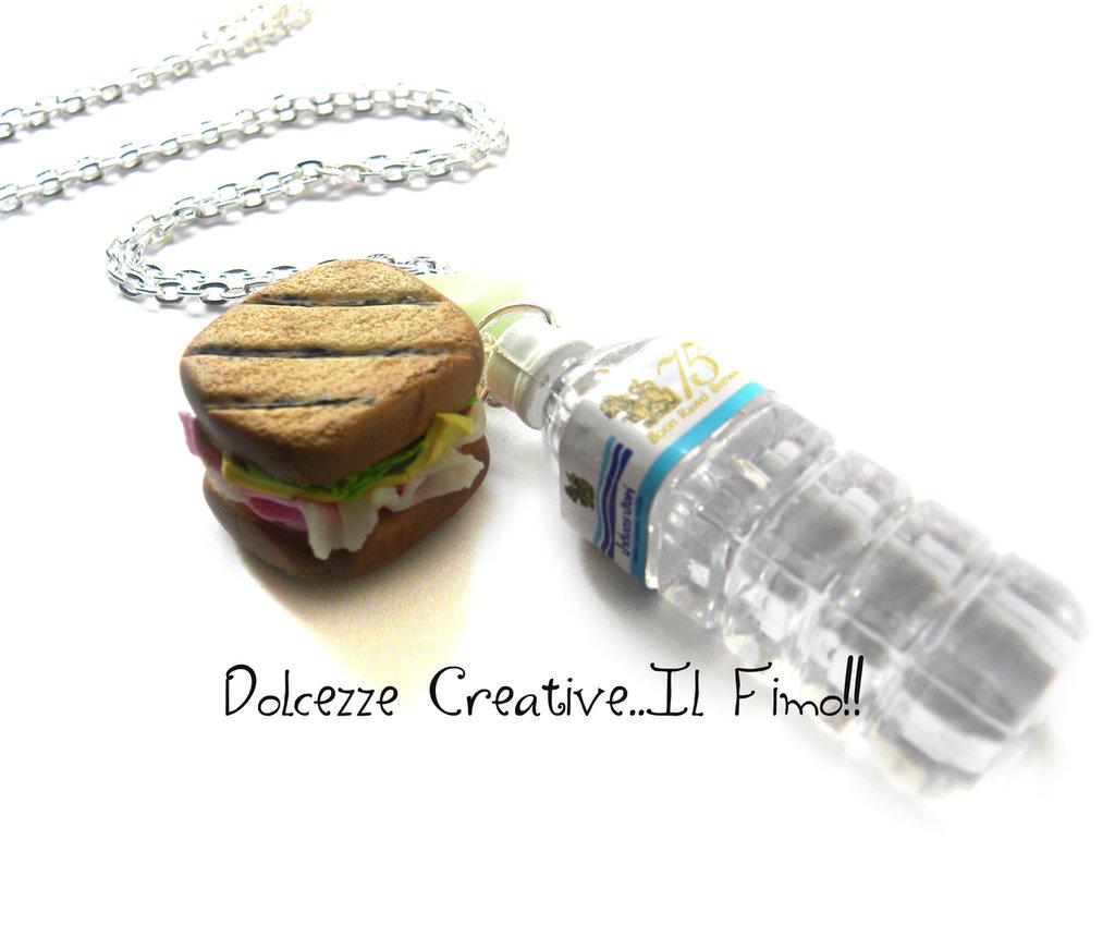 Collana Pink Panino con prosciutto, insalata, formaggio e pomodoro + Bottiglia d'acqua