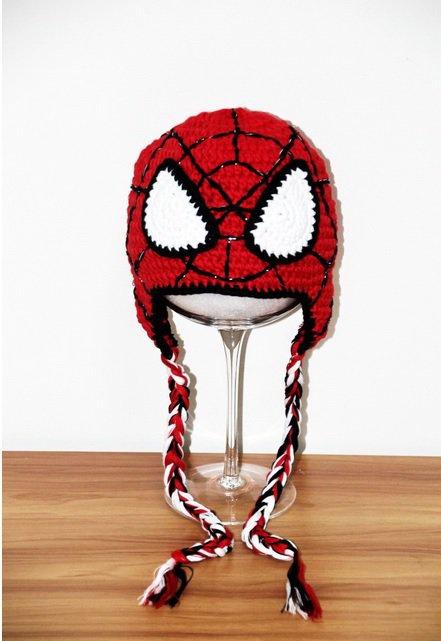 Cappello Spiderman fatto a mano varie taglie.