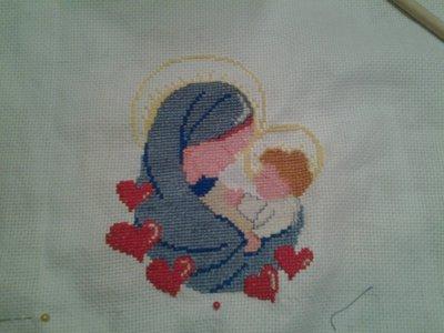 Madonnina ricamata al punto croce