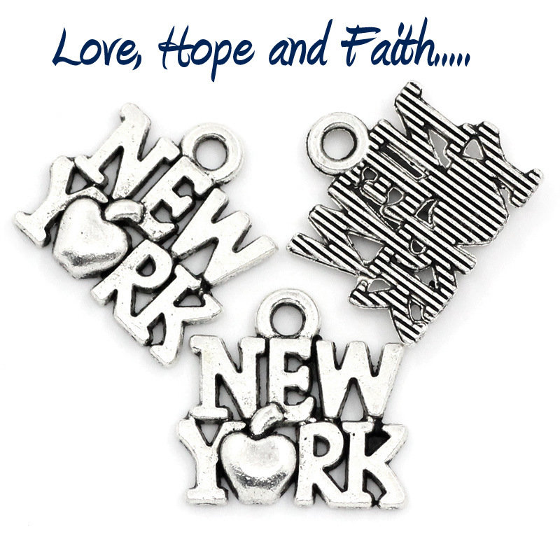 "Charm/Ciondolo ""New York"" color argento (14x15mm)"