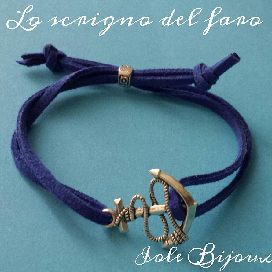 347a8a427be224 Bracciale in stile marinaro con cordino blu e ancora - Gioielli - B ...