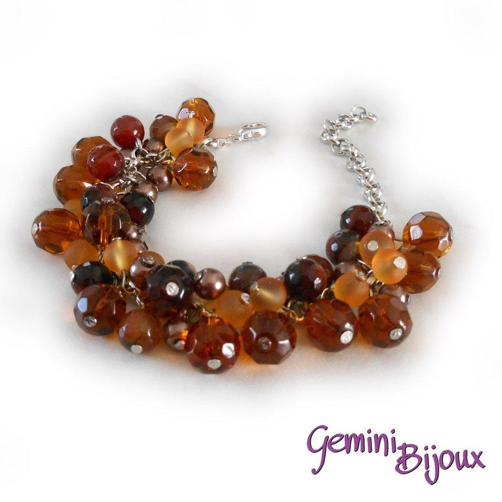 Bracciale a grappolo perle di agata e sfaccettate nelle tonalità del marrone