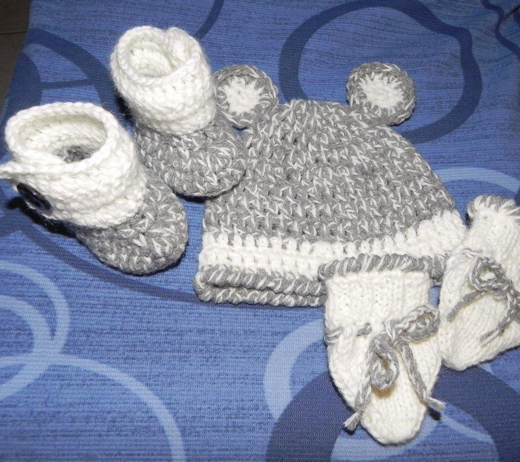 Scarpette, cappellino e muffoline  bebè Taglia neonato