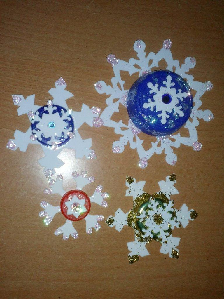 """Decorazioni per il Natale """" Fiocchi di neve"""""""