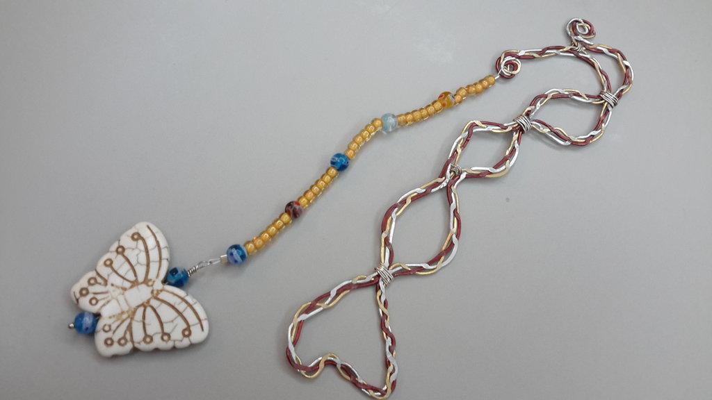 Segnalibro wire con pendente farfalla in turchese sintetico