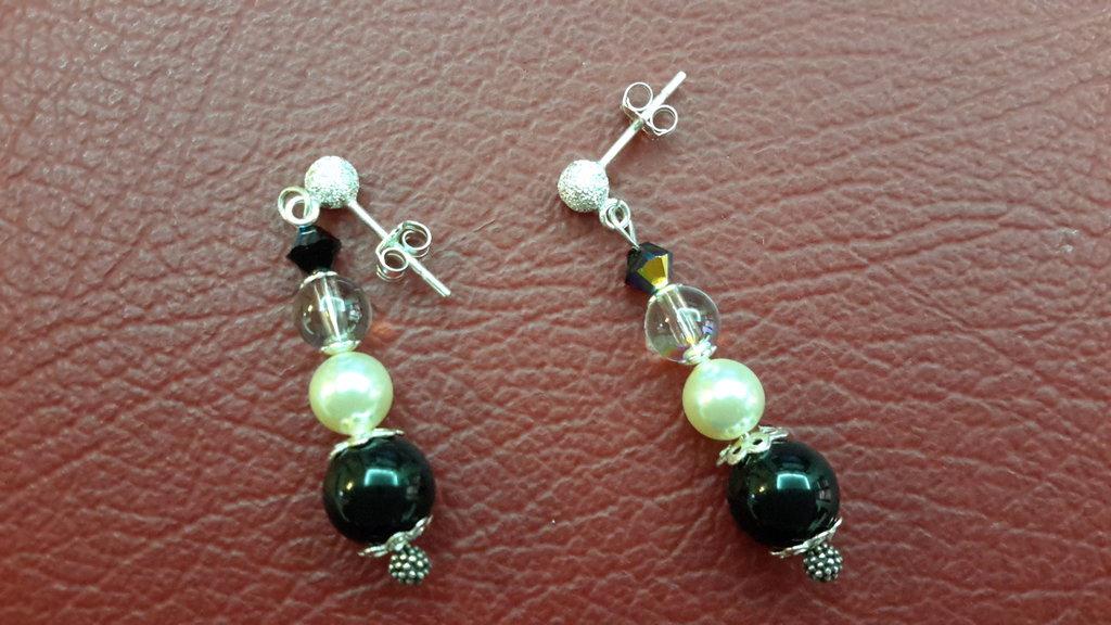 Orecchini argento 925, perle sw., lunghezza circa cm 4