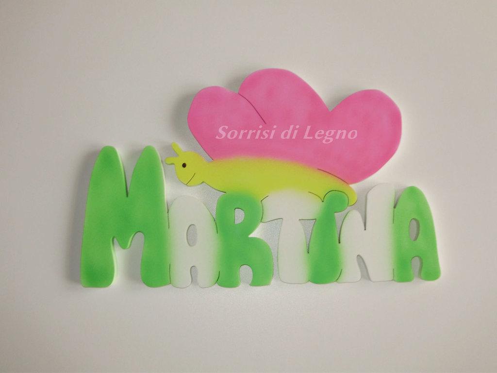 Nome MARTINA in legno colorato da appendere