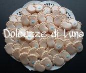 Piedini con cuoricino azzurro , soggetto nascita per sacchettini o scatoline porta confetti fatto a mano 2,5 x 3 cm circa