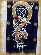 Astuccio con drago celtico
