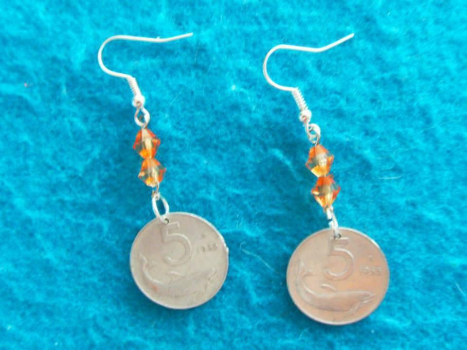 orecchini con monete antiche