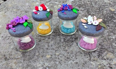 boccettine mignon assortite per 4 con confetto e zucchero colorato