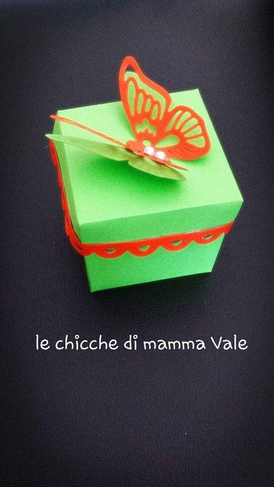 scatolina portaconfetti porta riso nascita, battesimo, comunione, matrimonio fatta a mano