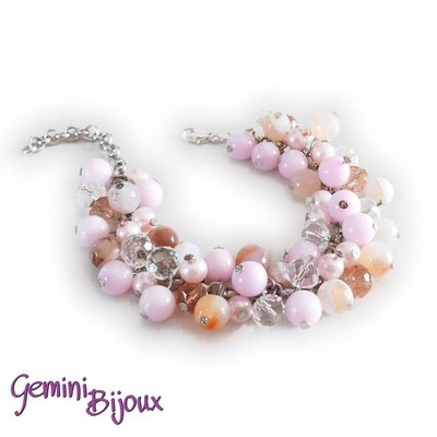 Bracciale a grappolo perle di agata e sfaccettate nelle tonalità rosa crystal