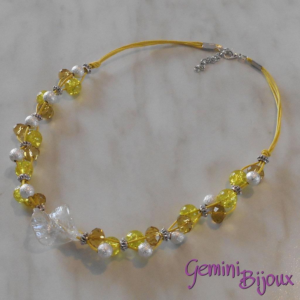 Collana cordino giallo con perle e rondelle