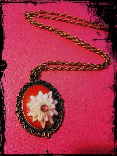 """collana con cammeo in fimo """"white flower"""""""