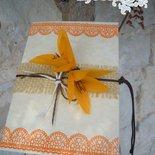 partecipazione poesia d' autunno con fresie di carta crespa fatte a mano
