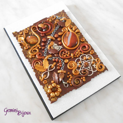 Notebook con cover preziosa in fimo, formato A5 marrone e oro, pezzo unico fatto a mano.