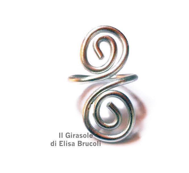 Anello in filo wire alluminio anodizzato argento con spirale