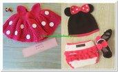 Abitino Minnie a uncinetto per neonata, con cappello, scarpine e copri pannolino