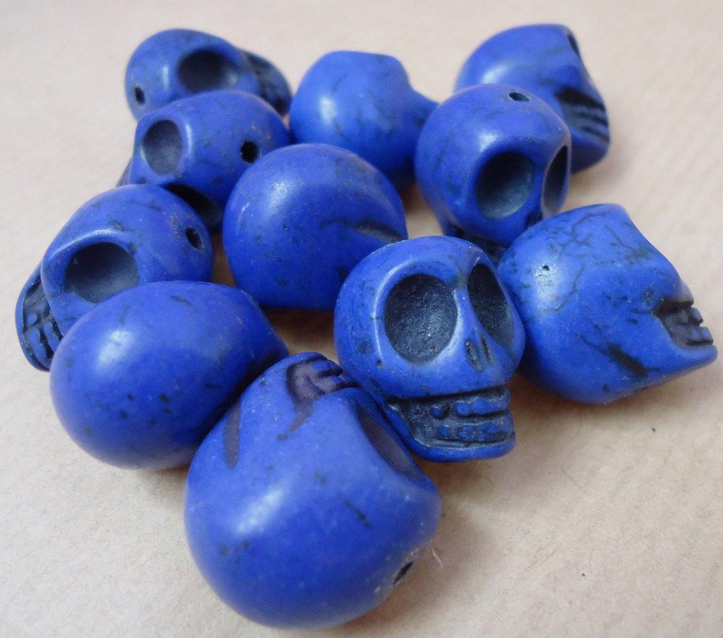 2pz - perle perla howlite sintetica TESCHIO Sugar skull COBALTO