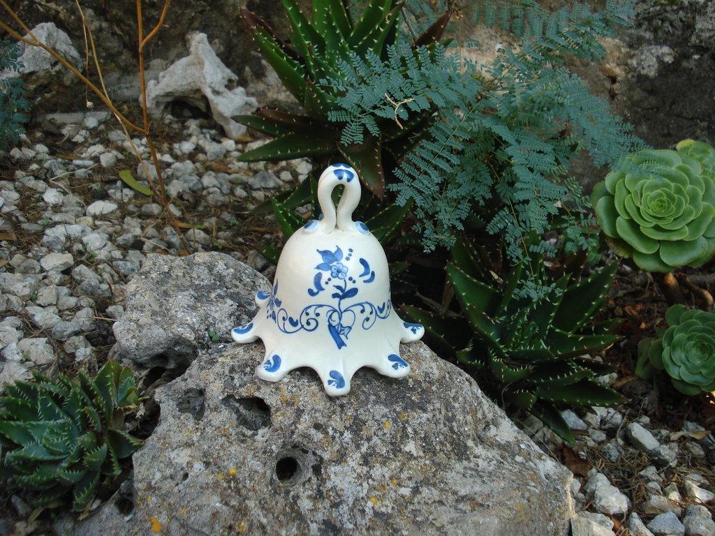 Campana in ceramica