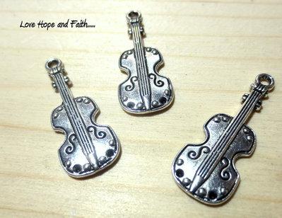 "Charm ciondolo ""Violino"" (28x11mm) (cod.26444)"