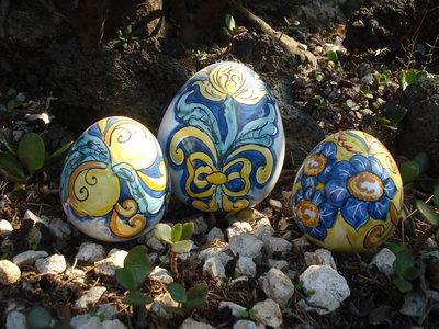 Uova in ceramica genere ornamentale