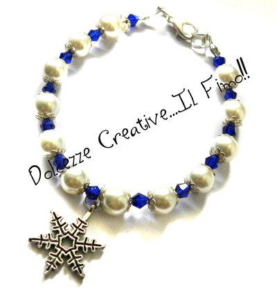 ☃ Natale In Dolcezze 2015 ☃ Bracciale con fiocco di neve , perle bianche e biconi blu