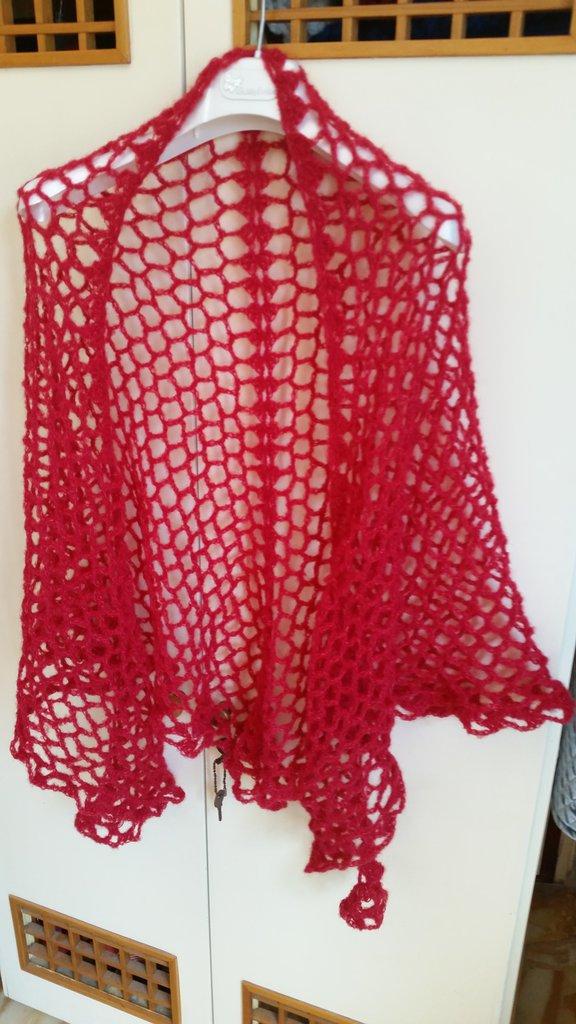 scialle traforato rosso corallo