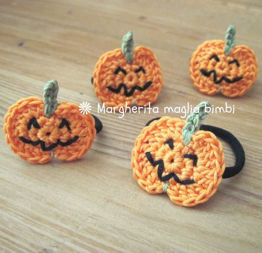 Elastico capelli - braccialetto con zucche all'uncinetto fatte a mano - halloween