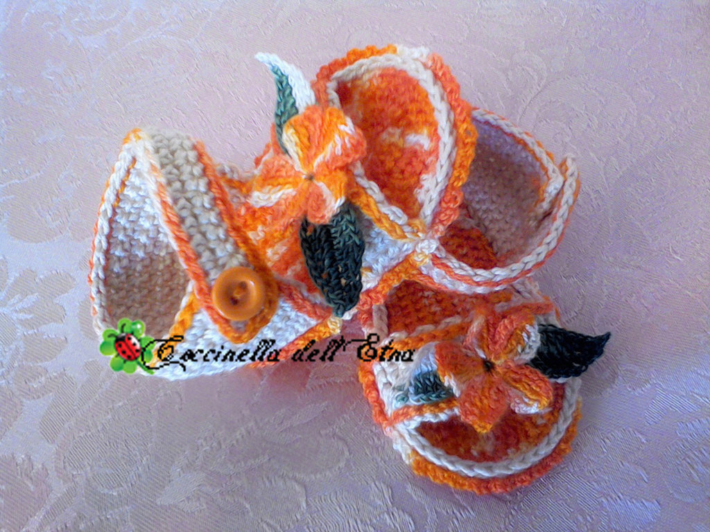 Scarpette neonato sandali arancione ecru 39 a uncinetto idee for Idee uncinetto