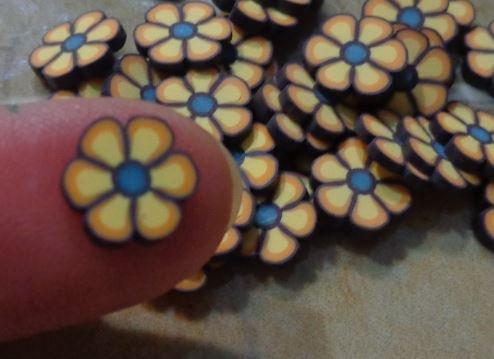 39 GRANDI Fettine di Polymer clay Canes - FIORE BEIGE