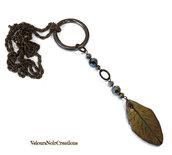 Collana autunno in bronzo con foglia creata a mano in fimo