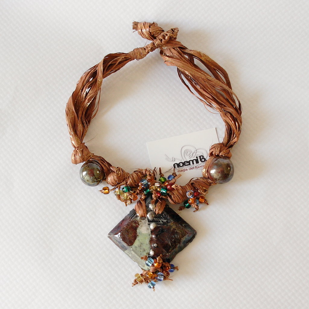 Collana multicolor raku
