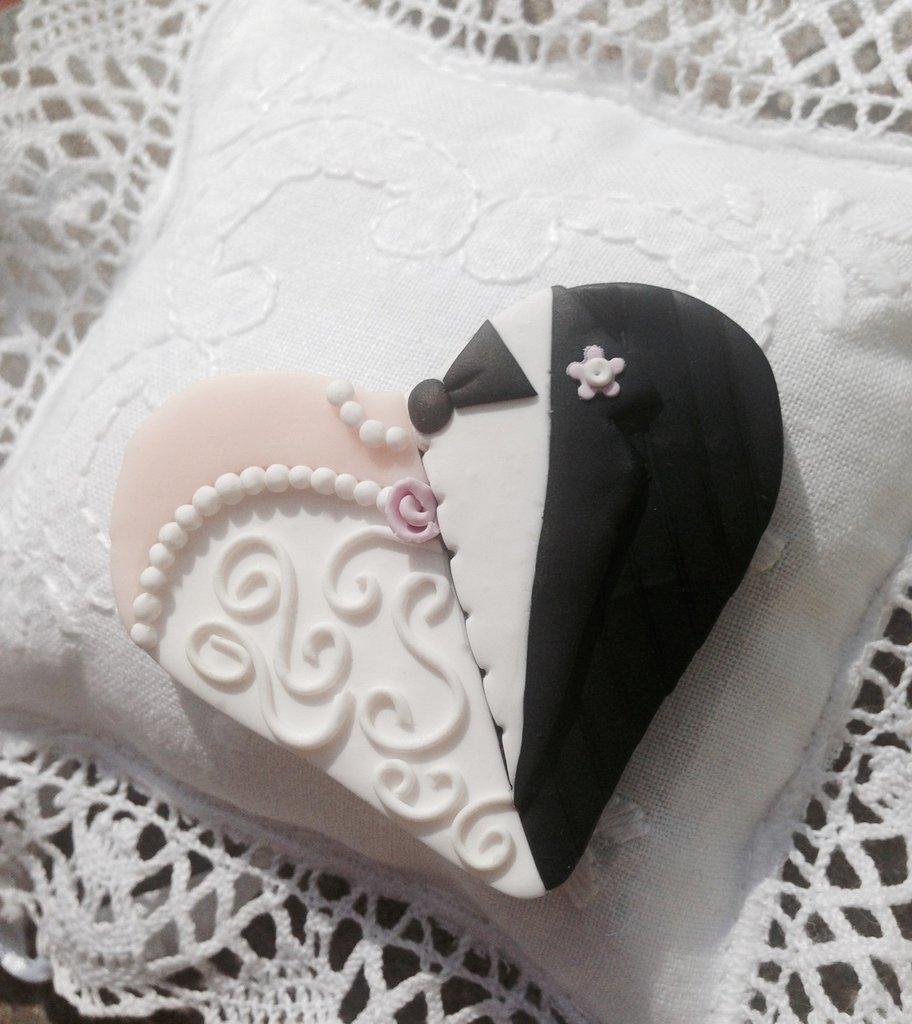 Cuore sposa/sposo realizzato e decorato interamente a mano in pasta fimo
